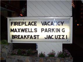 breakfastjacuzzi