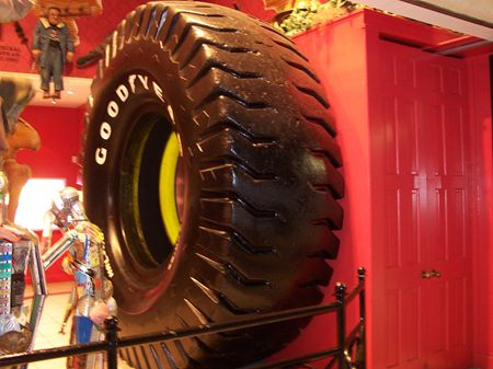 giant alien tires