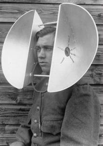 reverse thought screen helmet to eliminate telepathic link of aliens